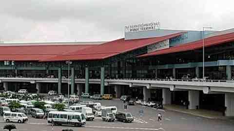 Phía trước sân bay Nội Bài. Cảng hàng không quốc tế Tiên Lãng được kỳ vọng sẽ đóng vai trò dự bị cho sân bay này