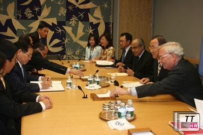 Chủ tịch nước Nguyễn Minh Triết dẫn đầu hội đàm với Tổng Thư ký Liên Hợp Quốc Ban Ki-moon